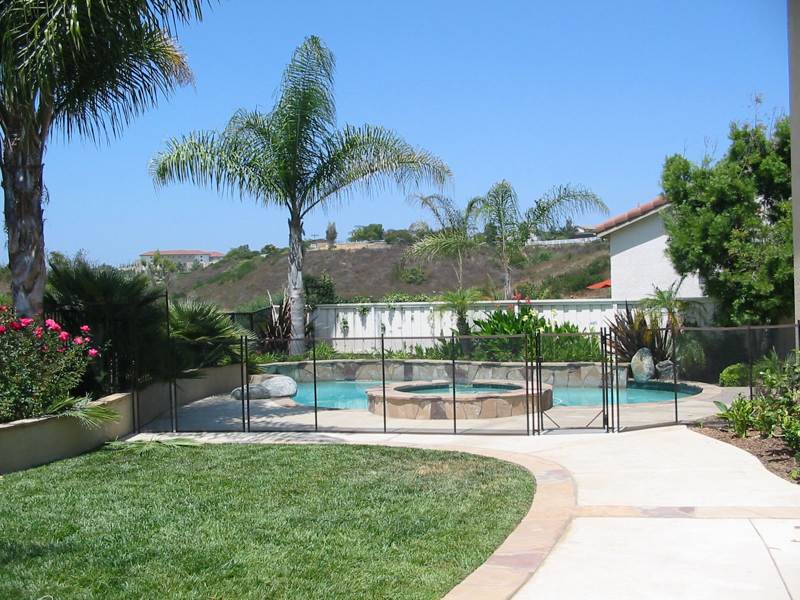 The Best Pool Fences