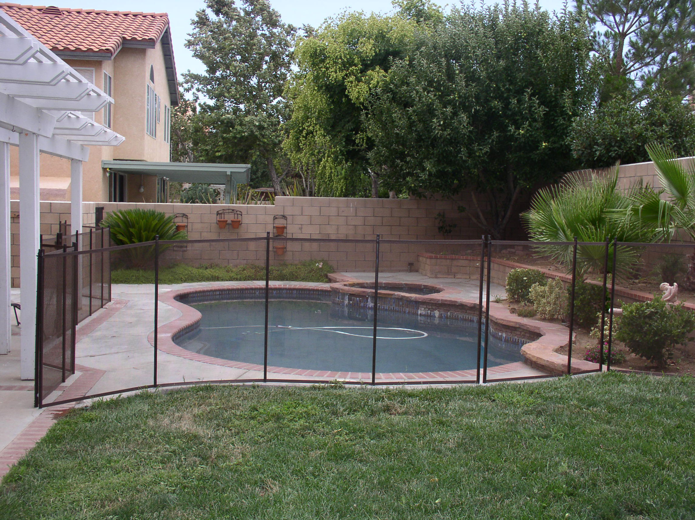 Best Backyard Pool For Dogs : addition to being the best choice from a safety perspective, mesh pool