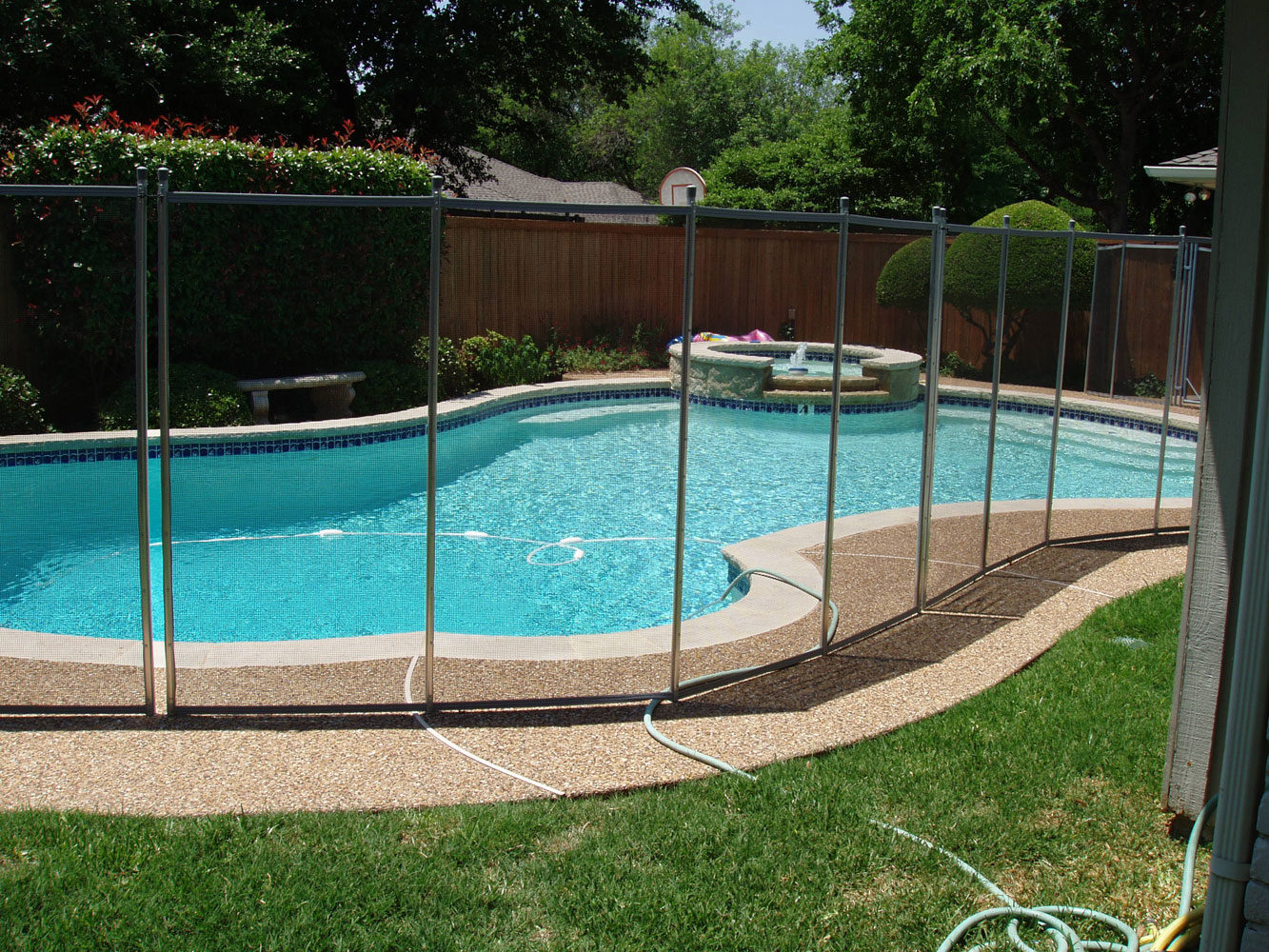 Cost of a pool fence In Los Angeles