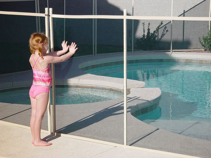 Professional Pool fence company